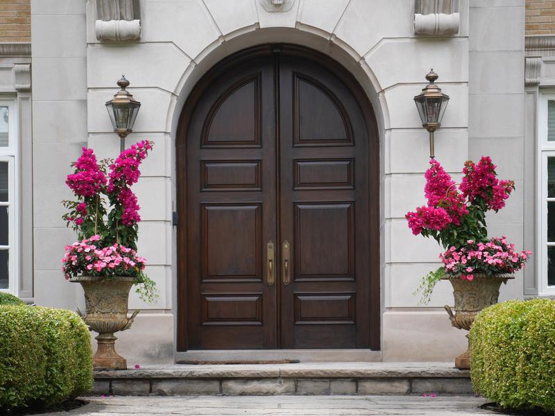 C mo es la limpieza de la madera en las puertas for Como limpiar puertas de madera barnizadas