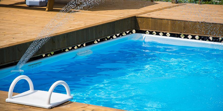 Limpieza de piscinas comunitarias